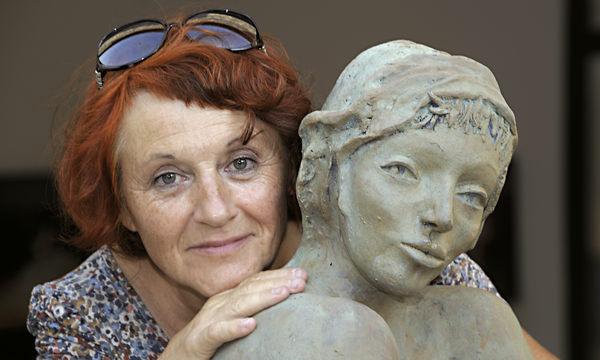 Nicole Brousse, Sculpteur femme